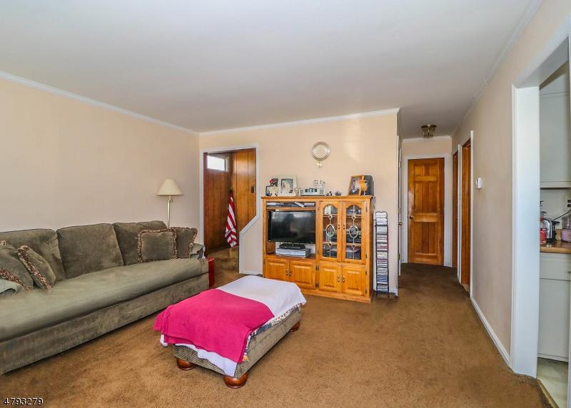 917 Seymour Ave Linden City, NJ 07036 - MLS #: 3460483