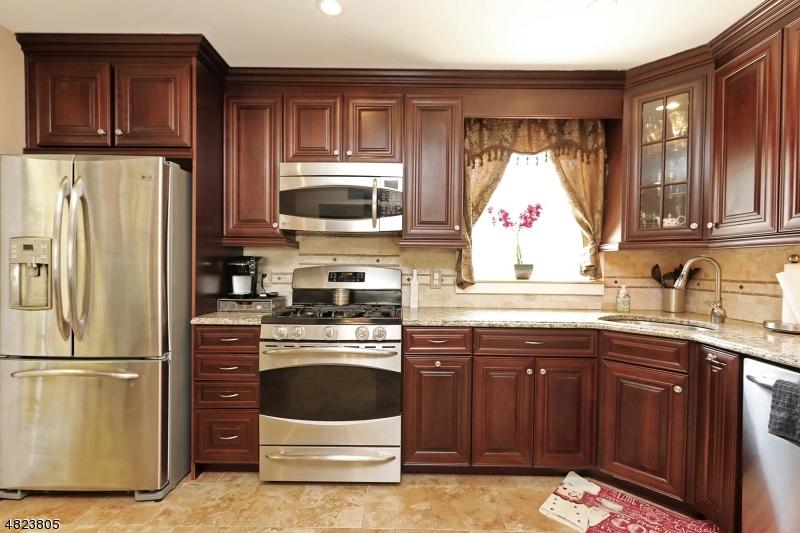 6 CAMBRA RD Waldwick Boro, NJ 07463 - MLS #: 3489083