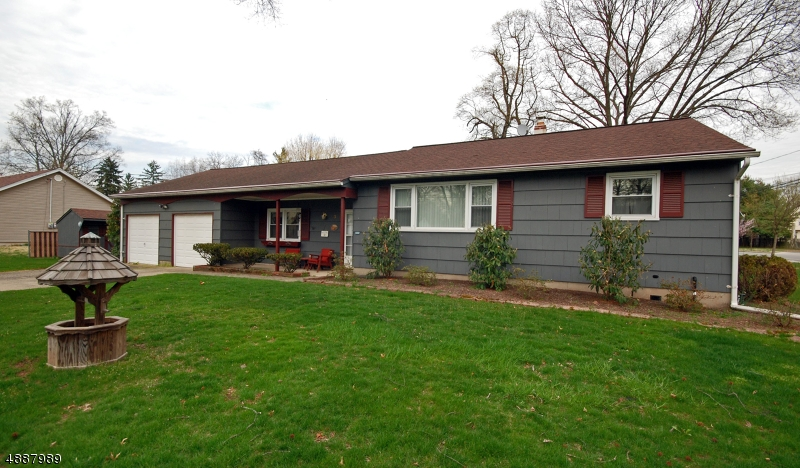Photo of home for sale at 3 MICHAEL ST, Piscataway Twp. NJ
