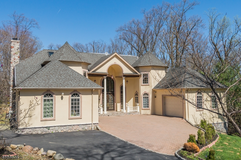 Photo of home for sale at 9 CONDIT RD, Mountain Lakes Boro NJ