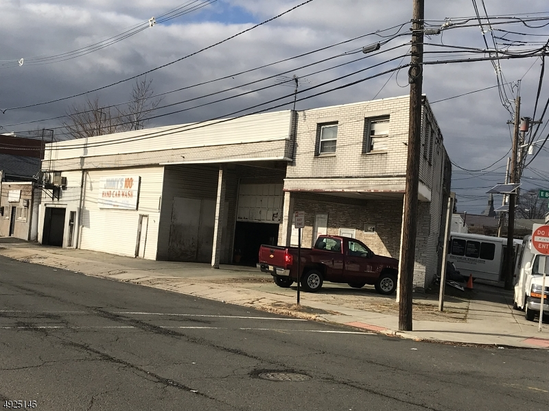 Photo of home for sale at 1169 E BROAD ST, Elizabeth City NJ