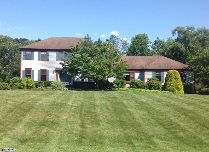 33 Winding Way Readington Twp., NJ 08822 - MLS #: 3398384