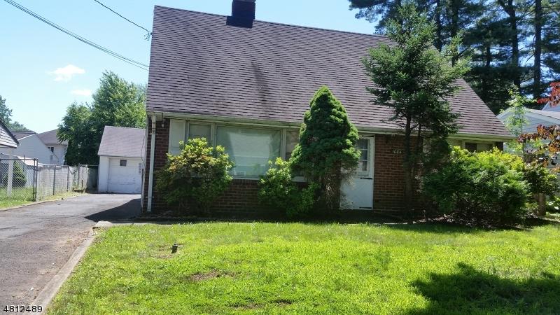 1084 BRIARCLIFF DR Rahway City, NJ 07065 - MLS #: 3478484