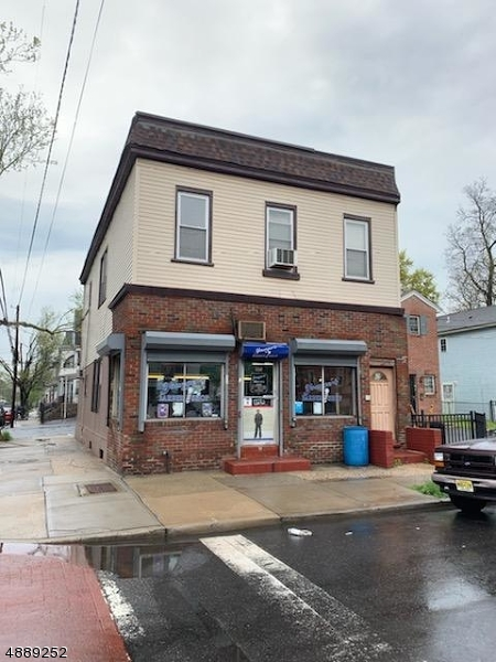 Photo of home for sale at 225 12TH AVE, Newark City NJ
