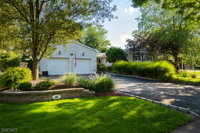 Photo of home for sale at 45 DORSET DR, Clark Twp. NJ