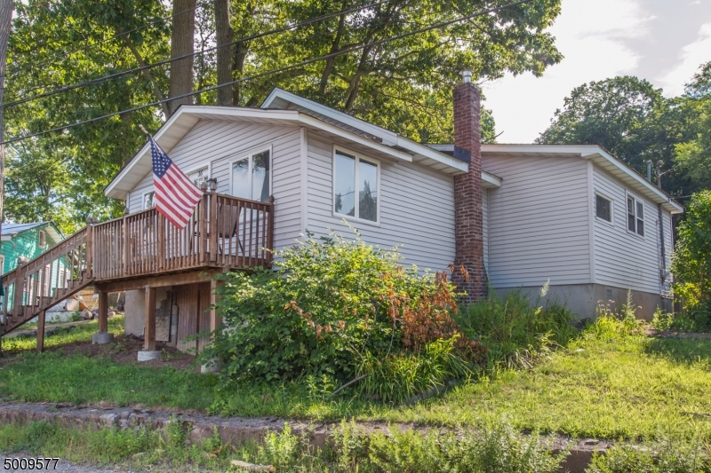 Photo of home for sale at 36 Olcott Rd, West Milford Twp. NJ