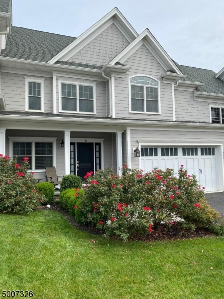 Photo of home for sale at 8 PARK VIEW DRIVE, Warren Twp. NJ