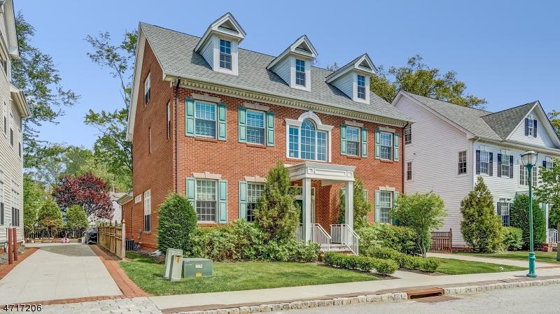 Photo of home for sale at 13 CARILLON CIR, Livingston Twp. NJ