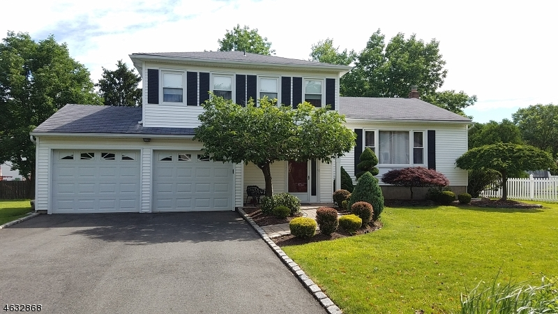 Property for sale at 5 Tuscan Pl, East Hanover Township,  NJ 07936