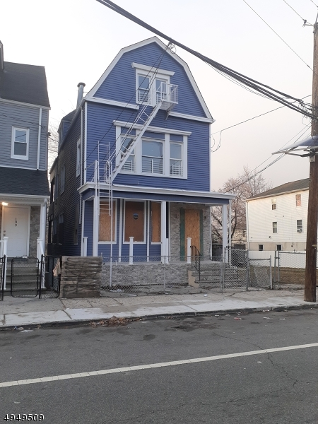 Photo of home for sale at 197 S 11TH ST, Newark City NJ