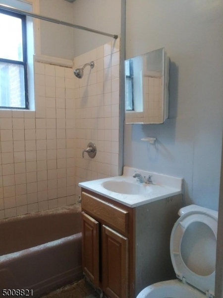 Photo of home for sale at 402 HAWTHORNE AVE, Newark City NJ