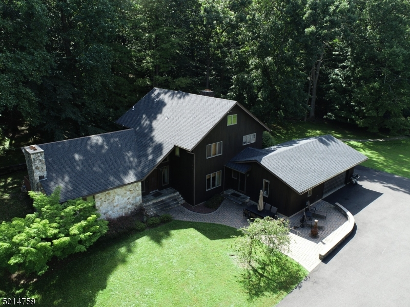 Photo of home for sale at 49 BROADWAY RD, Warren Twp. NJ