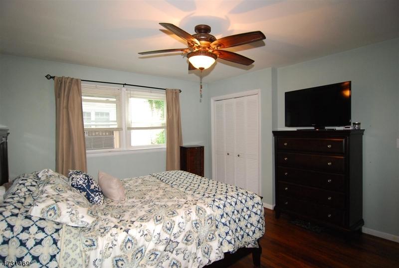 23 Pine Cone Ln Sparta Twp., NJ 07871 - MLS #: 3404187