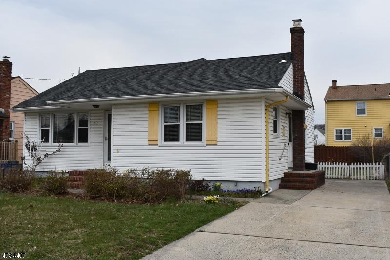 513 Verona Pl Bound Brook Boro, NJ 08805 - MLS #: 3463787