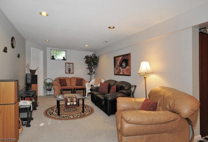9 FLANDERS VALLEY CT Montgomery Twp., NJ 08558 - MLS #: 3478487