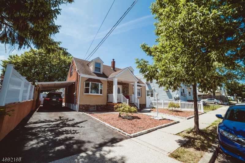 Photo of home for sale at 44 RARITAN AVE, Paterson City NJ
