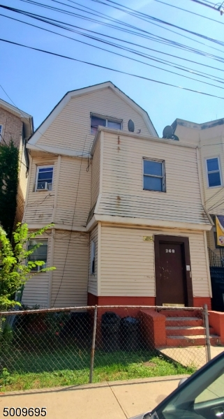 Photo of home for sale at 268 ARLINGTON AVE, Jersey City NJ