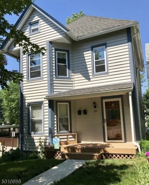 Photo of home for sale at 29 HALSTED ST, Newton Town NJ