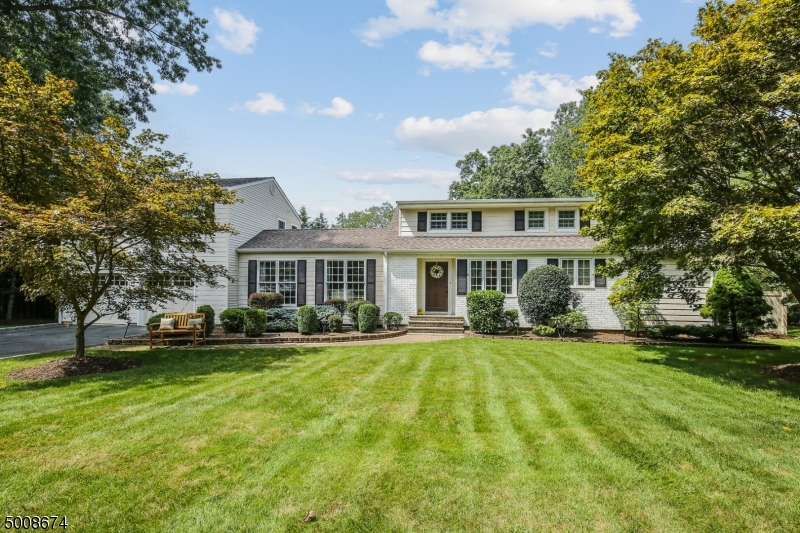Photo of home for sale at 34 MAPLE RD, Chatham Twp. NJ