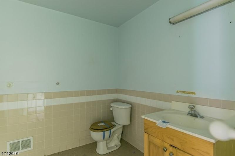42 W Shore Dr Vernon Twp., NJ 07462 - MLS #: 3414488