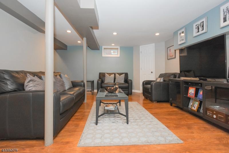 59 Tracy Ave Totowa Boro, NJ 07512 - MLS #: 3424388