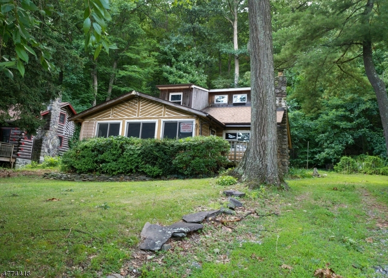 64 Bearfort Rd West Milford Twp., NJ 07480 - MLS #: 3443388