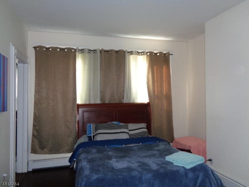 557 ADAMS AVE Elizabeth City, NJ 07201 - MLS #: 3476188