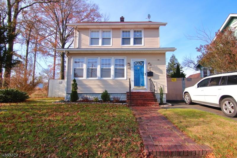 Photo of home for sale at 1016 CHESTNUT ST, Roselle Boro NJ