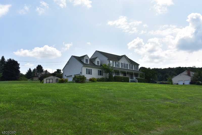 Photo of home for sale at 1790 County Road 565, Vernon Twp. NJ