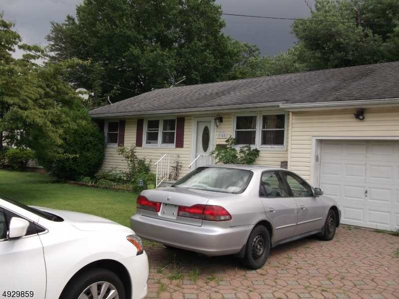 Photo of home for sale at 1345 W 5TH ST, Plainfield City NJ