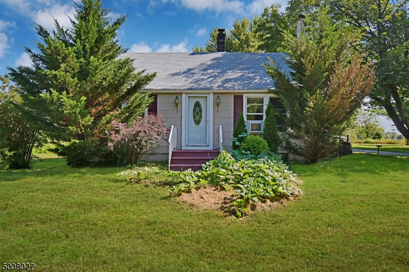 Photo of home for sale at 228 KINGWOOD STOCKTON RD, Delaware Twp. NJ