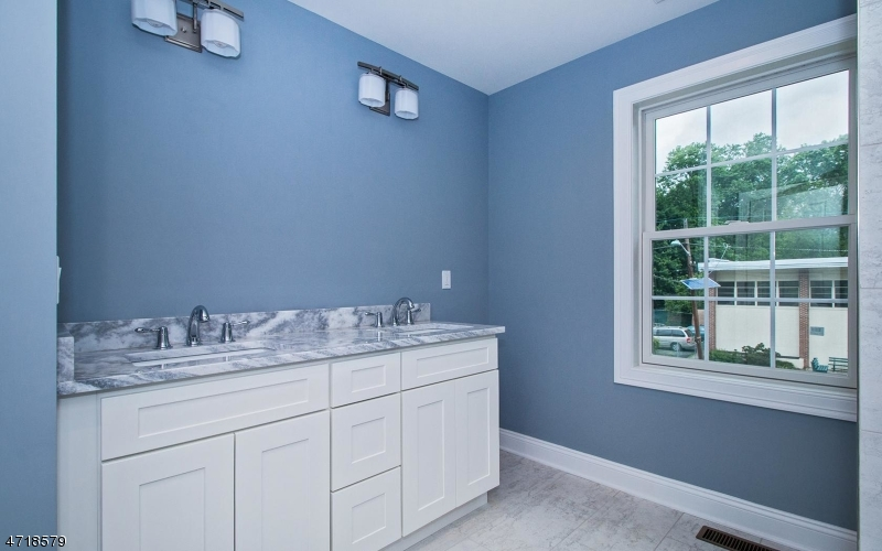 109 Palsted Ave, Unit B Westfield Town, NJ 07090 - MLS #: 3397890