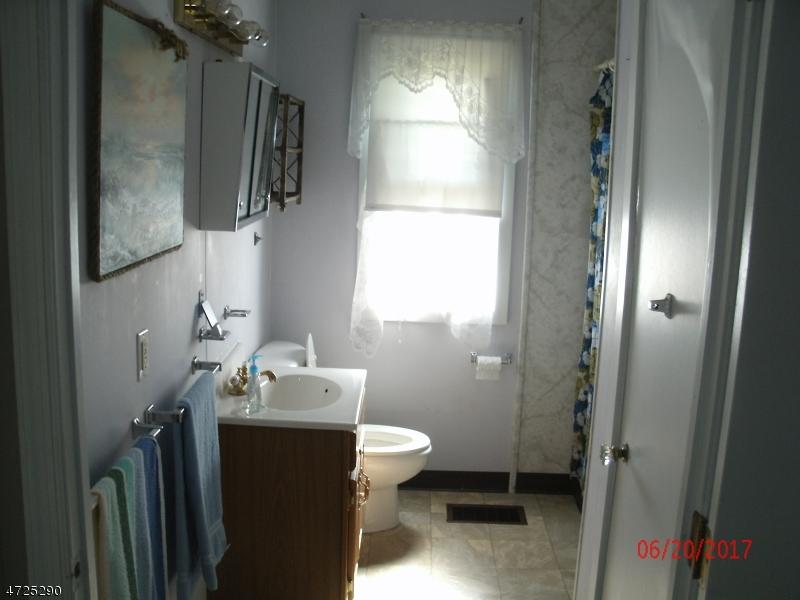 429 Pershing Ave Pohatcong Twp., NJ 08865 - MLS #: 3398390
