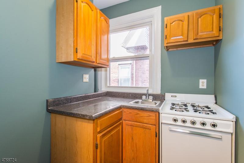 87 N Munn Ave East Orange City, NJ 07017 - MLS #: 3430290