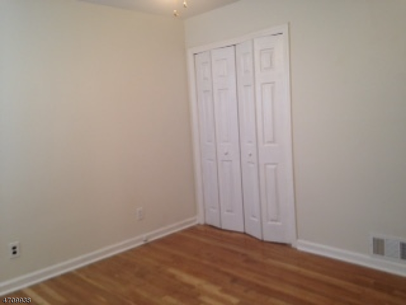 510 W 6th Ave Roselle Boro, NJ 07203 - MLS #: 3434690