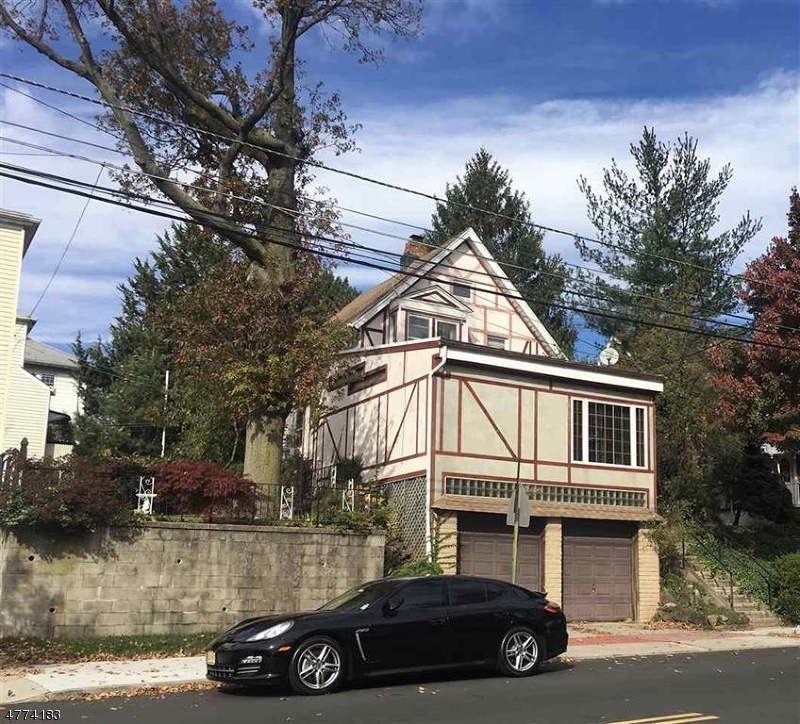 Photo of home for sale at 145 Davis Ave, Kearny Town NJ
