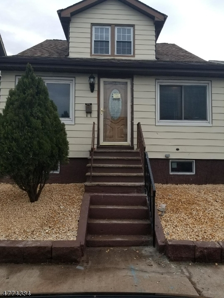 Photo of home for sale at 530 Purce St, Hillside Twp. NJ
