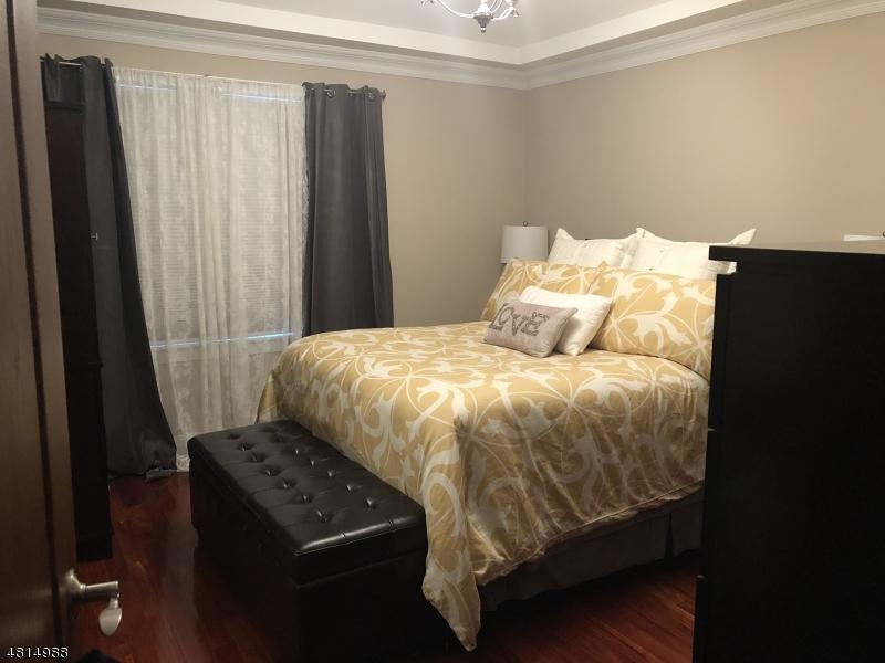 15 -17 Gotthardt St. Newark City, NJ 07105 - MLS #: 3480790