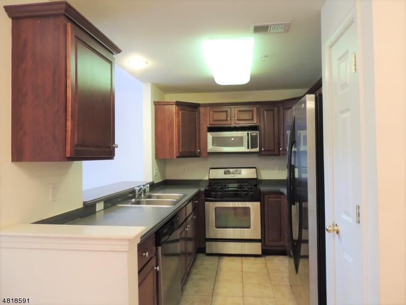 603 DONATO CIR Scotch Plains Twp., NJ 07076 - MLS #: 3484890