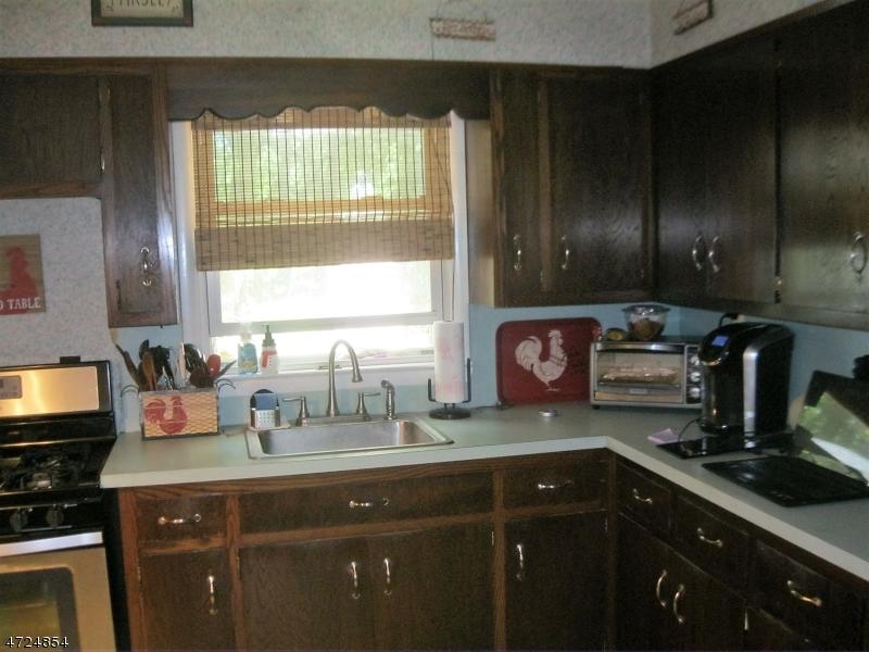 33 Lone Pine Trl Hampton Twp., NJ 07860 - MLS #: 3398191