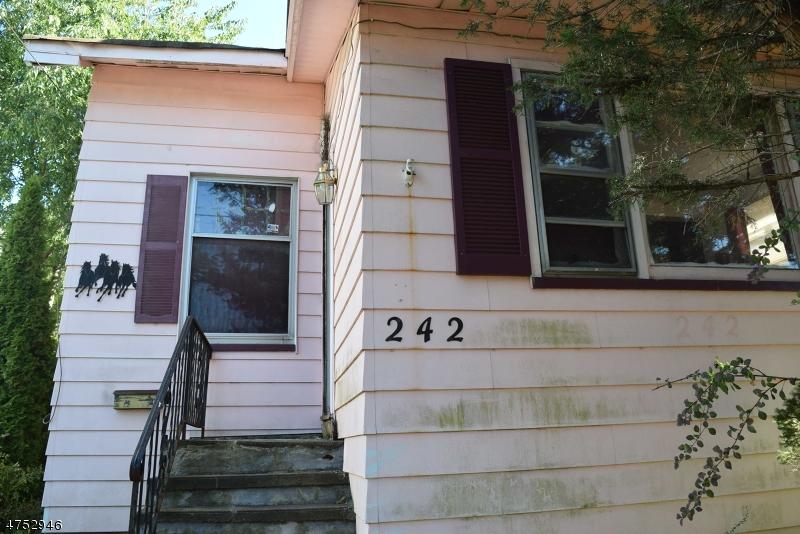 242 N 11th St Prospect Park Boro, NJ 07508 - MLS #: 3424391