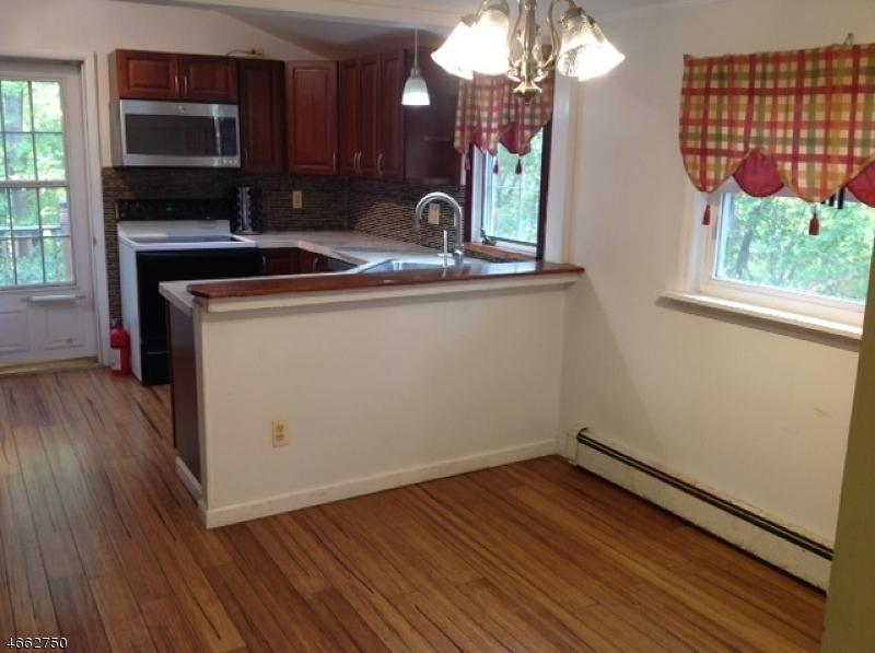 8 Hillside Dr Wantage Twp., NJ 07461 - MLS #: 3434591
