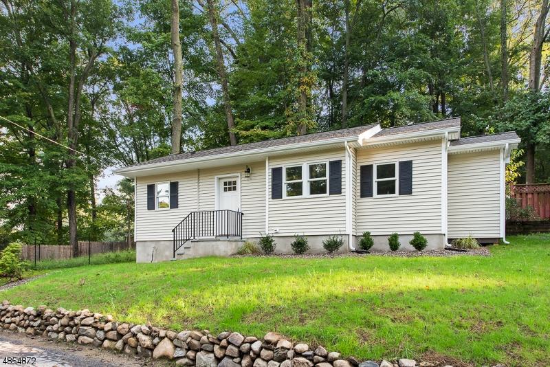Photo of home for sale at 13 W CHERRY TREE LN, Sparta Twp. NJ