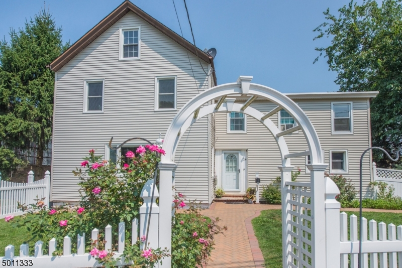 Photo of home for sale at 26 SINDLE AVE, Little Falls Twp. NJ