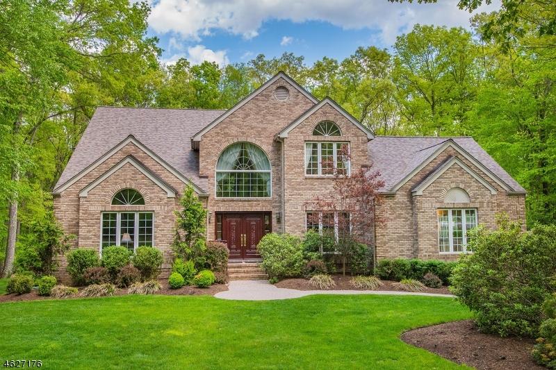 Property for sale at 14 Crescent Ridge Rd, Rockaway Township,  NJ 07005