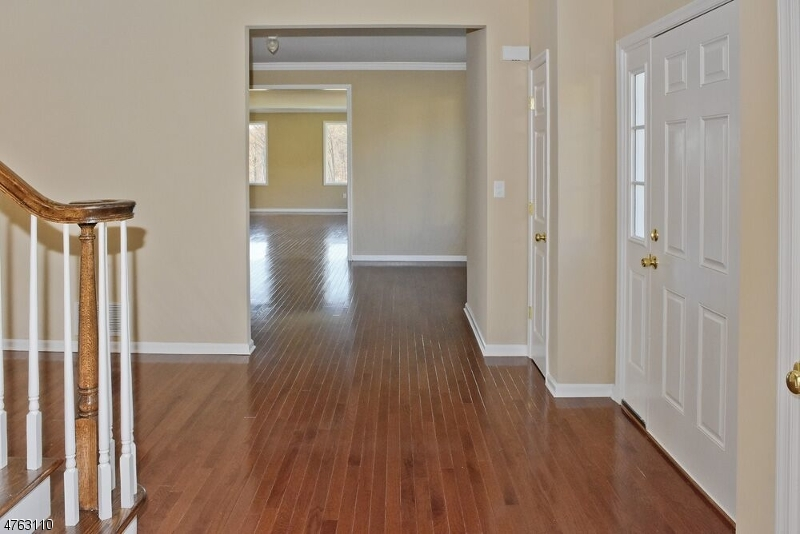 5 Beverly St Parsippany-Troy Hills Twp., NJ 07950 - MLS #: 3433492