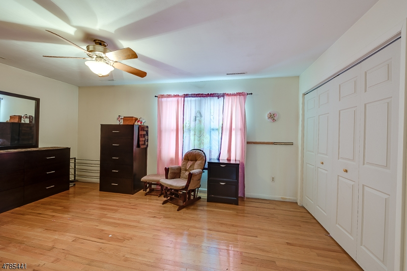 44 Edgewood Ter Dover Town, NJ 07801 - MLS #: 3453292
