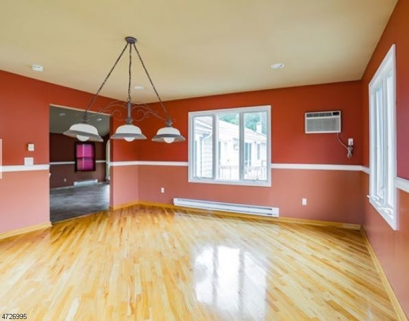 81 Highland Lakes Rd Vernon Twp., NJ 07462 - MLS #: 3399993