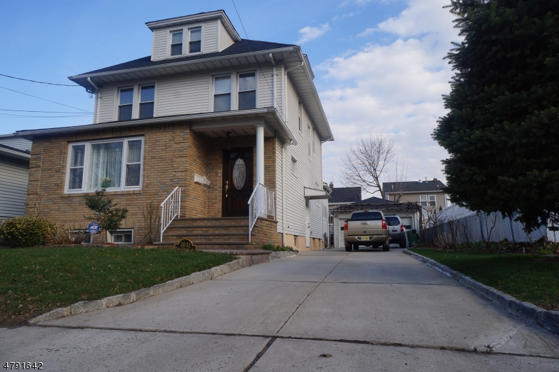 Property for sale at 2032 E St George Ave, Linden City,  NJ  07036