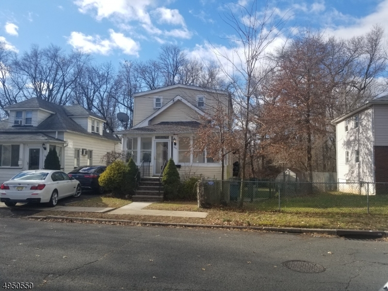Photo of home for sale at 220 LINDEN AVE, Rahway City NJ